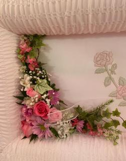Casket Lid Adornment