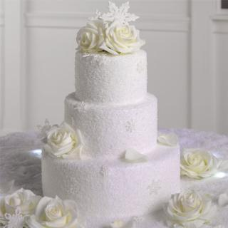 Cake with Roses & Sparkles
